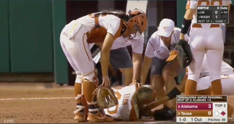 Illustration for article titled Texas Softball Pitcher Hospitalized After Teammate's Throw Hit Her Straight In The Face