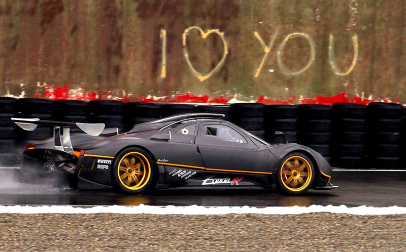 Illustration for article titled Pagani Zonda R Shatters Ferrari Nürburgring Record