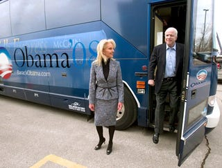 Illustration for article titled Obama Purchases Ad Space On Side Of McCain's Bus