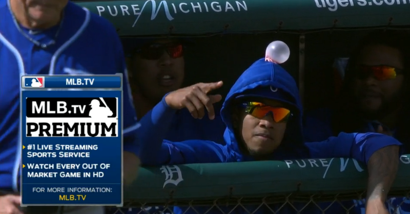 Illustration for article titled The Royals Got Yordano Ventura With The Old Hoodie Gum Trick