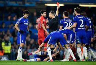 Illustration for article titled A gyáva Chelsea kiesése tényleg beárazta a Premier League-et?