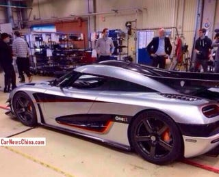 Illustration for article titled The Koenigsegg One:1 (PICTURES)