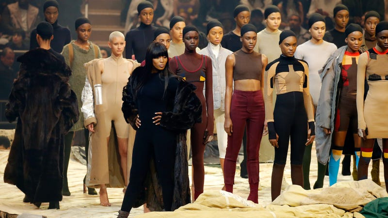 kanye west at madison square garden i was an extra in kanye west s fashion show and it was