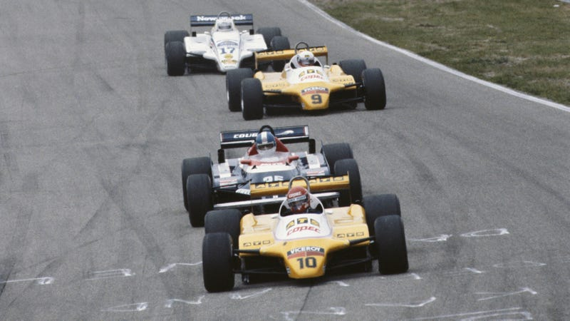 A pack of cars at the 1982 Dutch Grand Prix at Circuit Zandvoort.
