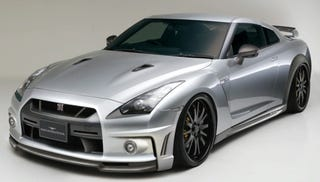 Illustration for article titled Wald Nissan GT-R Body Kit Surprises By Being Aesthetically Pleasing