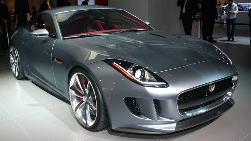 Illustration for article titled Jaguar C-X16 gallery