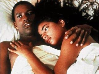 Denzel Washington and Sarita Choudhury in Mississippi Masala (Black River Productions)
