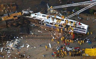 Illustration for article titled Death Toll Rises to 26 in LA Train Crash: Engineer May Have Been Text Messaging at the Time