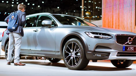 You Can Only Buy A Non-Lifted Volvo V90 Wagon In The U.S ...