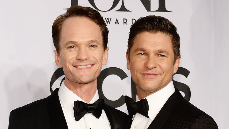 Illustration for article titled ​Whoa, Neil Patrick Harris and David Burtka Secretly Got Married