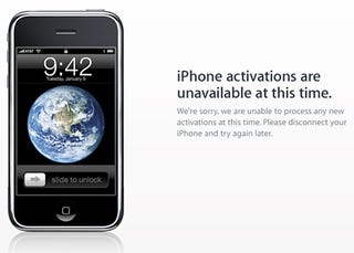 Illustration for article titled Apple Giving $30 iTunes Credit For iPhone 3GS Activation Snafu