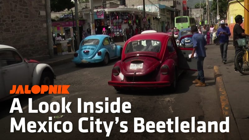 Mexico City's 'Beetleland' Is Where The Unlicensed Volkswagen Beetle Cabs Still Thrive