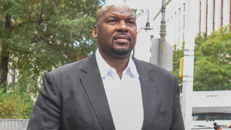 Auburn assistant Chuck Person indicted in college basketball fraud case