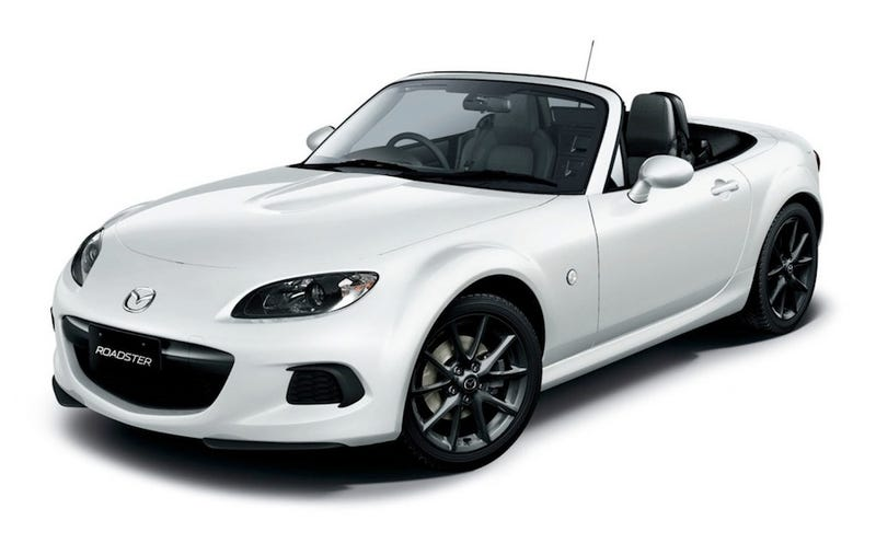 Illustration for article titled I have a thing for white miatas with black wheels.