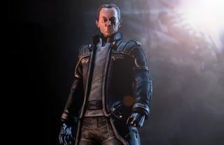 Illustration for article titled Lance Henriksen Moves Bishop To Aliens Vs. Predator