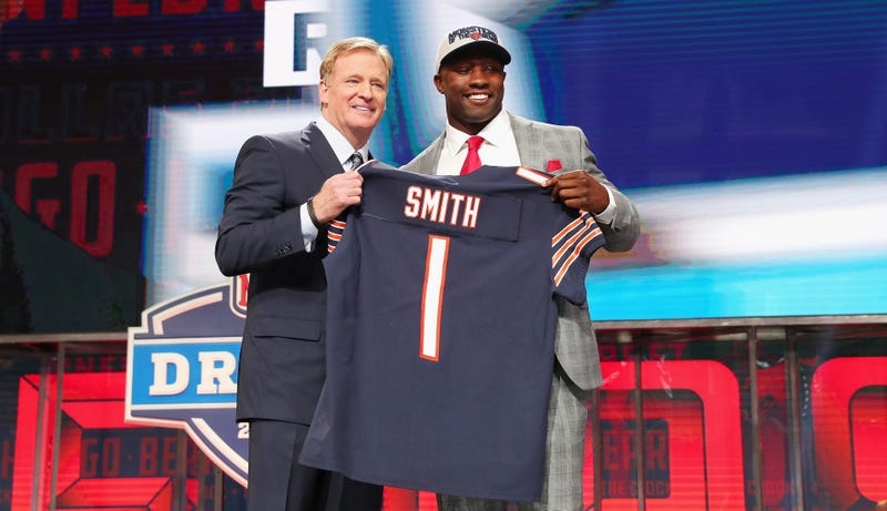 Illustration for article titled NFL Rookie Roquan Smith's Car Robbed Of Valuable Items, Also Bears Playbook