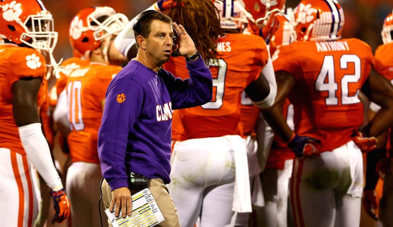 Illustration for article titled Dabo Swinney Bans Clemson Players From Using Social Media, Is No Fun