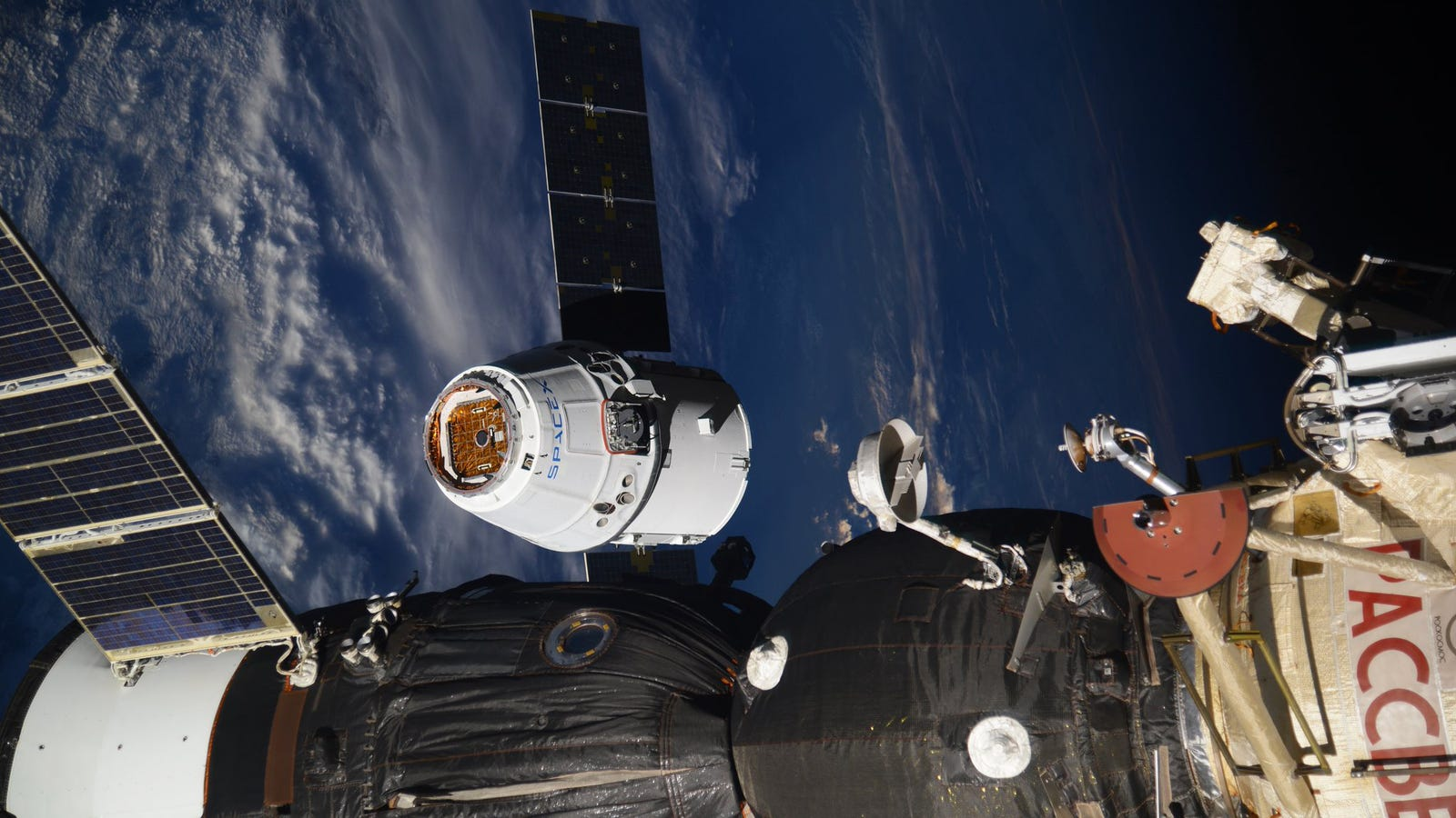 photo image SpaceX's Dragon Capsule Made a Successful Re-Entry After Its ISS Supply Run