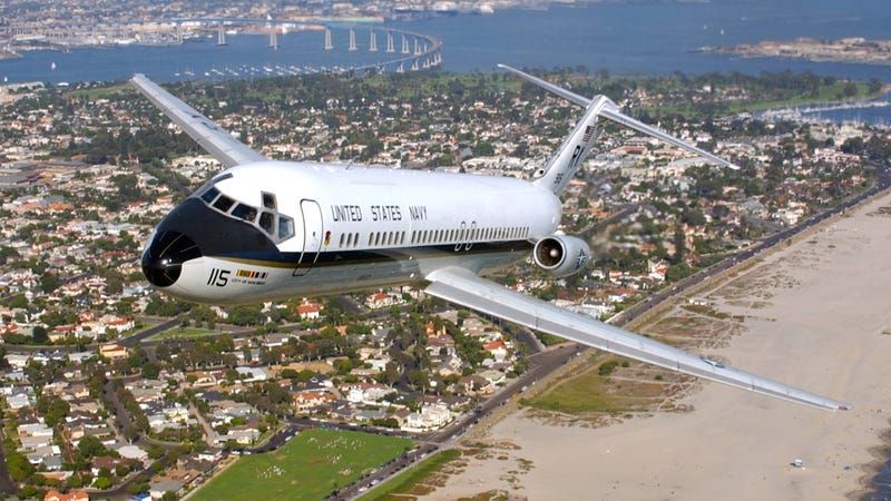 Illustration for article titled The US Navy Finally Retires The C-9B Skytrain II After 41 Years