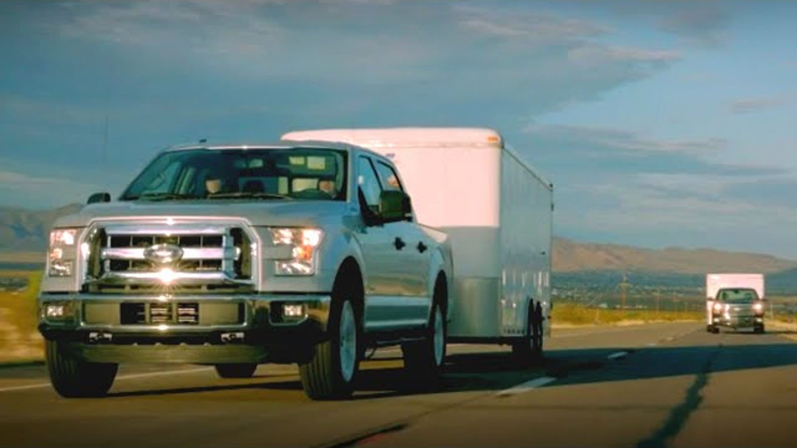 watch the 2015 ford f 150 race ram chevy up davis dam towing 7 000 lbs. Black Bedroom Furniture Sets. Home Design Ideas