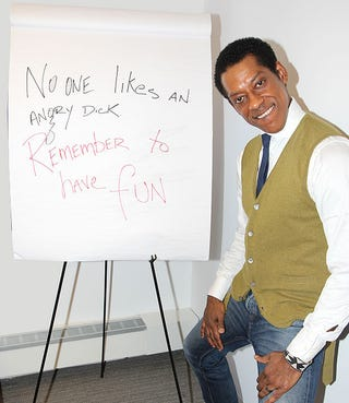 Illustration for article titled Orlando Jones gives everyone Internet lessons
