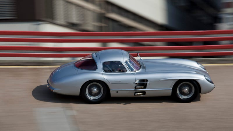 Illustration for article titled Here Are Your Totally Awesome 300 SLR Uhlenhaut Coupé Wallpapers