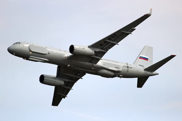 Illustration for article titled Russia wants to fly more spy planes over the US