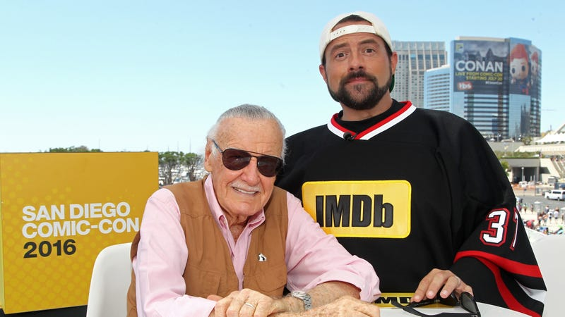 Illustration for article titled Kevin Smith offers to let Stan Lee come live with him, but it probably won't do much good