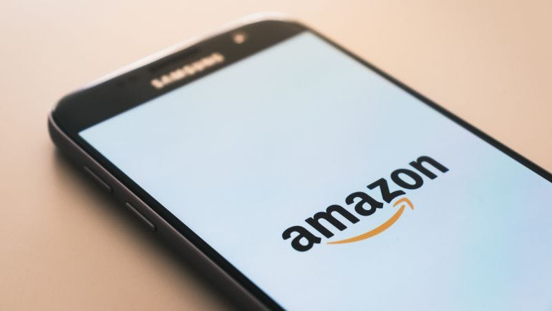 Illustration for article titled Cómo distinguir las mejores ofertas del Amazon Prime Day de las que realmente no lo son