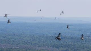 OH-58D Kiowa Warriors Bow Out Of Fort Drum In Spectacular Fashion