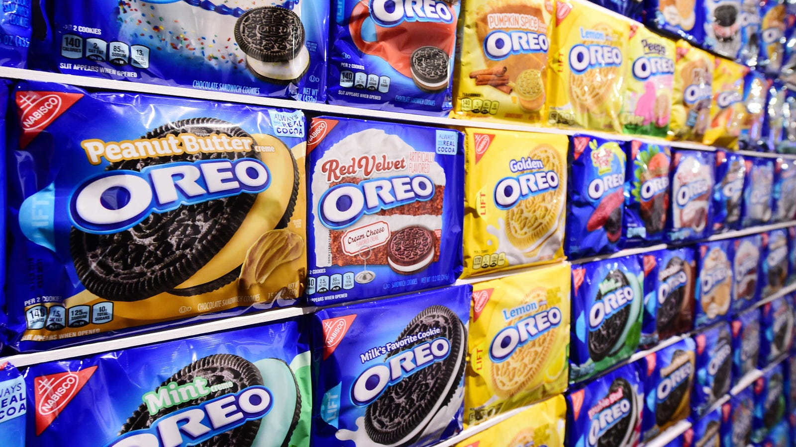Amazon tempts lazy snackers with monthly Oreo subscription