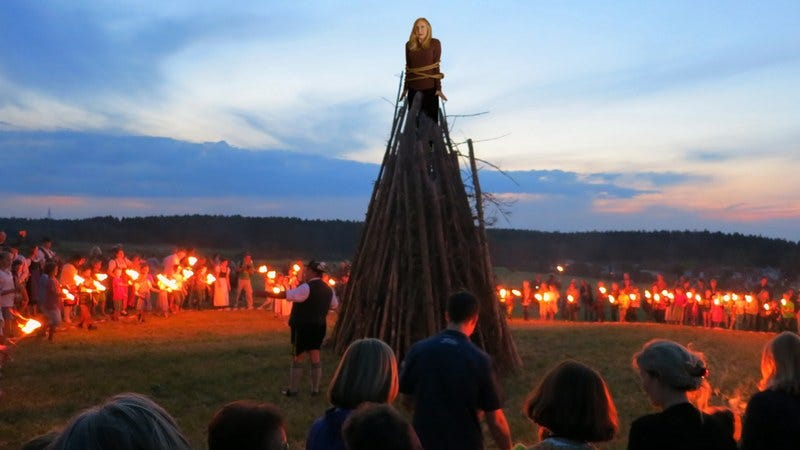 A witch being burned at the stake.