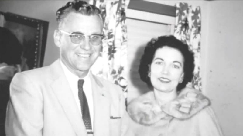 Illustration for article titled Wedding Ring Lost In Plane Crash Gets Returned 55 Years Later