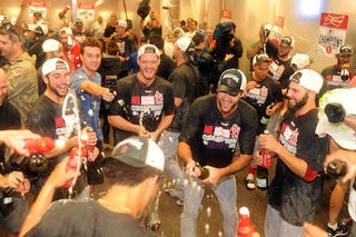 Illustration for article titled The Cardinals Took Care Not To Celebrate In The Diamondbacks' Pool