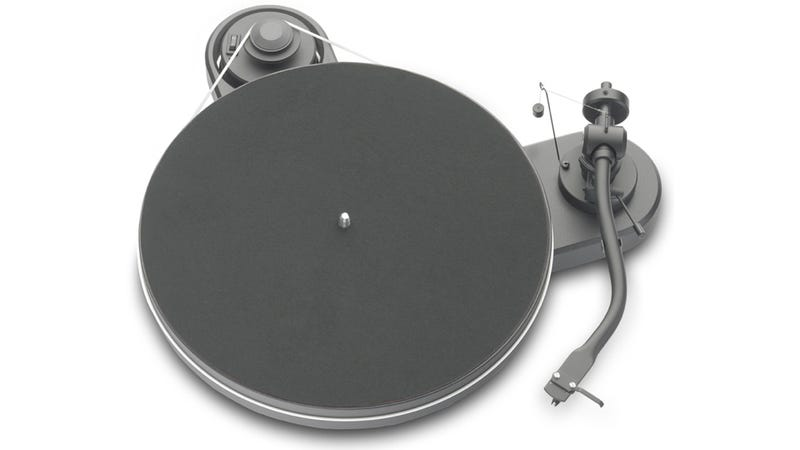 Illustration for article titled I'd Almost Rather Just Look at This Wonderfully Designed Turntable