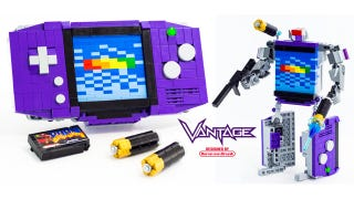 Illustration for article titled Kickass LEGO Transformer Turns Into a Game Boy Advance