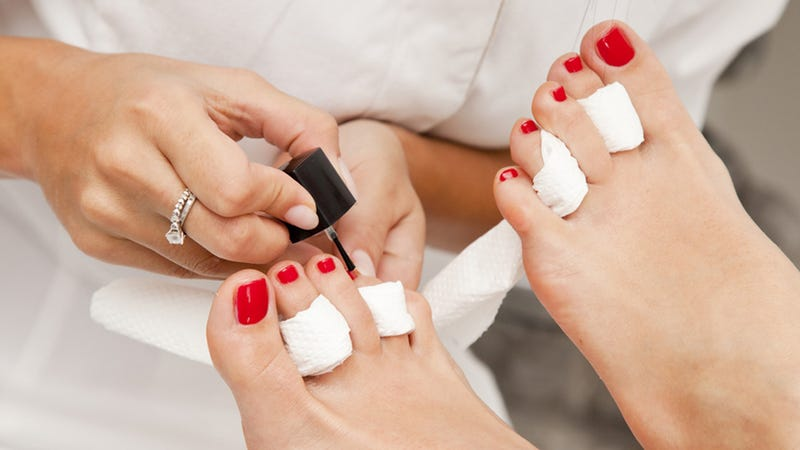 Illustration for article titled One Venti Pedicure Coming Right Up