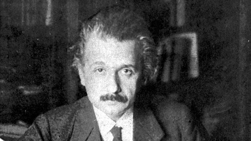 Illustration for article titled As a Husband, Einstein Was More of an Asshole Than a Genius