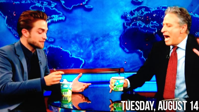 Illustration for article titled Robert Pattinson Eats Ice Cream on The Daily Show, Jokes About His Spanx