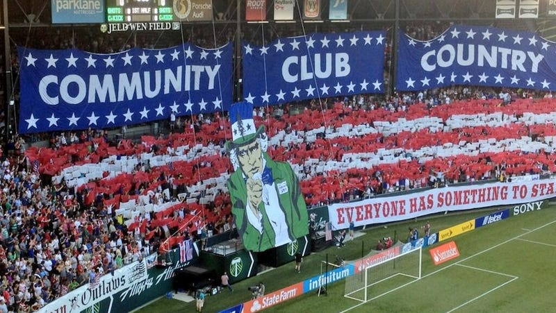 Illustration for article titled Here's the USA Fans' Tifo From Tonight's Gold Cup Match Against Belize
