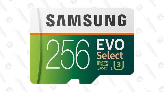 Grab a Samsung 256GB MicroSD Card for a Decent $34