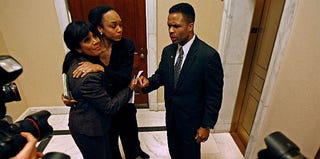 Sandi Jackson, Jacqueline Jackson, Jesse Jackson Jr. in 2008 (Chip Somodevilla/Getty Images)