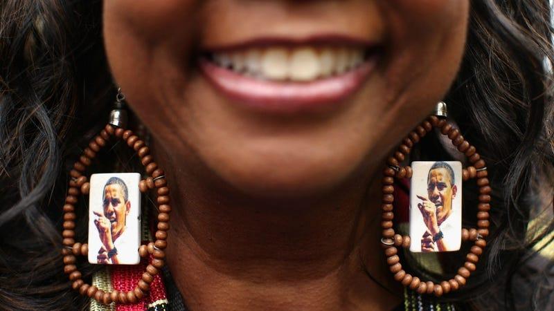 Illustration for article titled One Obama Supporter Boasts Impressive Earring Swag