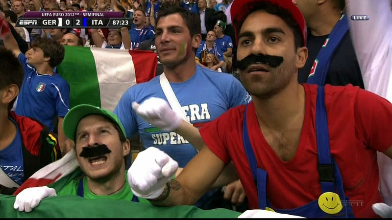 Illustration for article titled Balotelli Wasn't The Only Super Mario In Attendance At Yesterday's Euro 2012 Match