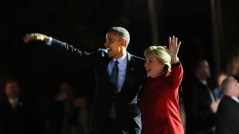 Hillary Clinton stands with President Barack Obama during an election eve rally on November 7, 2016. (Photo: Getty)