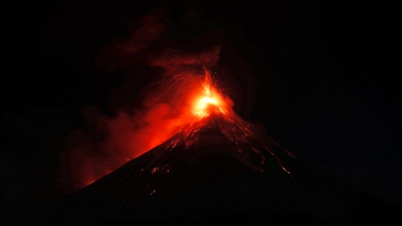 Volcan de Fuego erupts in the early morning hours of Monday. November 19.