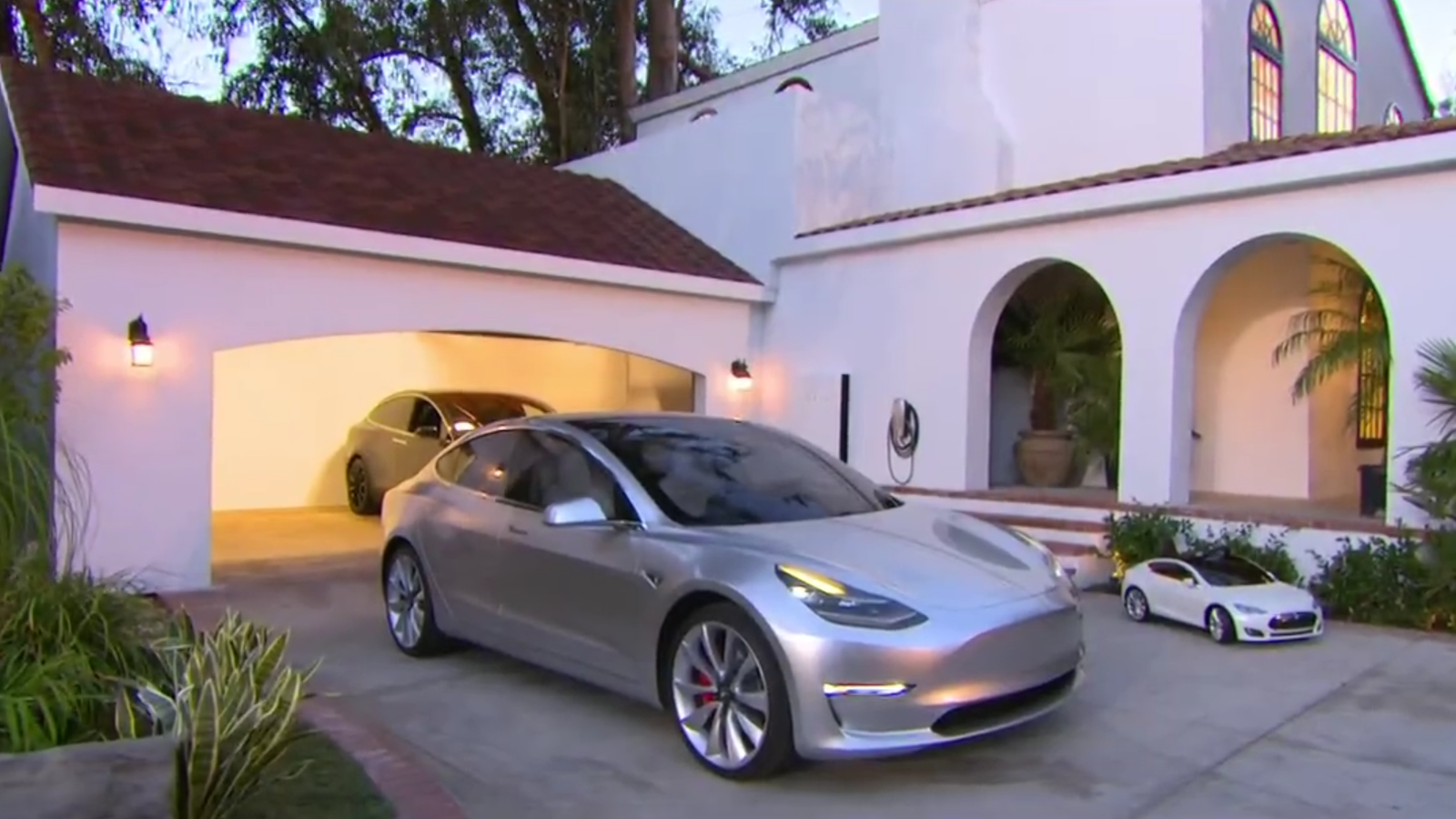 Tesla S New Solar Roof And Updated Powerwall Turn