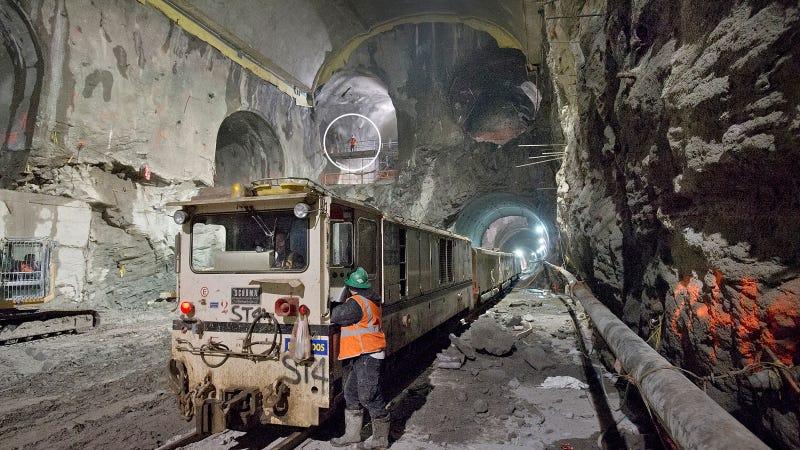 Illustration for article titled Estos son los increíbles túneles que agujerean Manhattan