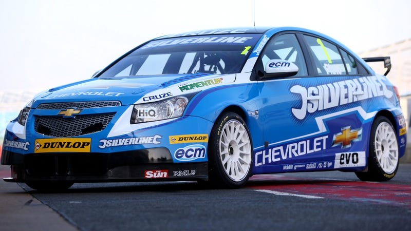 Illustration for article titled Chevy's new BTCC racer is the Cruze you'd actually want