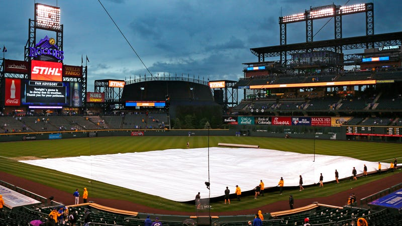 Illustration for article titled Denver Post's Guide To Rockies' Stadium Features Big-Ass Photo Of Phillies' Stadium